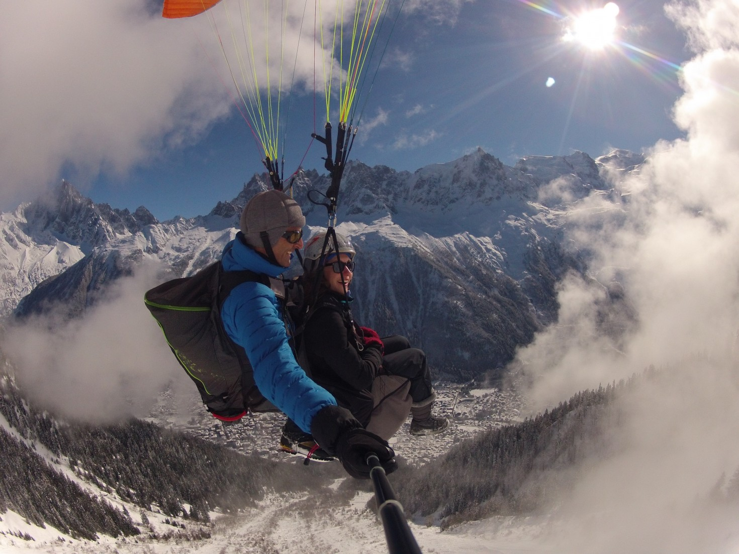 Winter Paragliding © Sean Potts, Fly-Chamonix.com