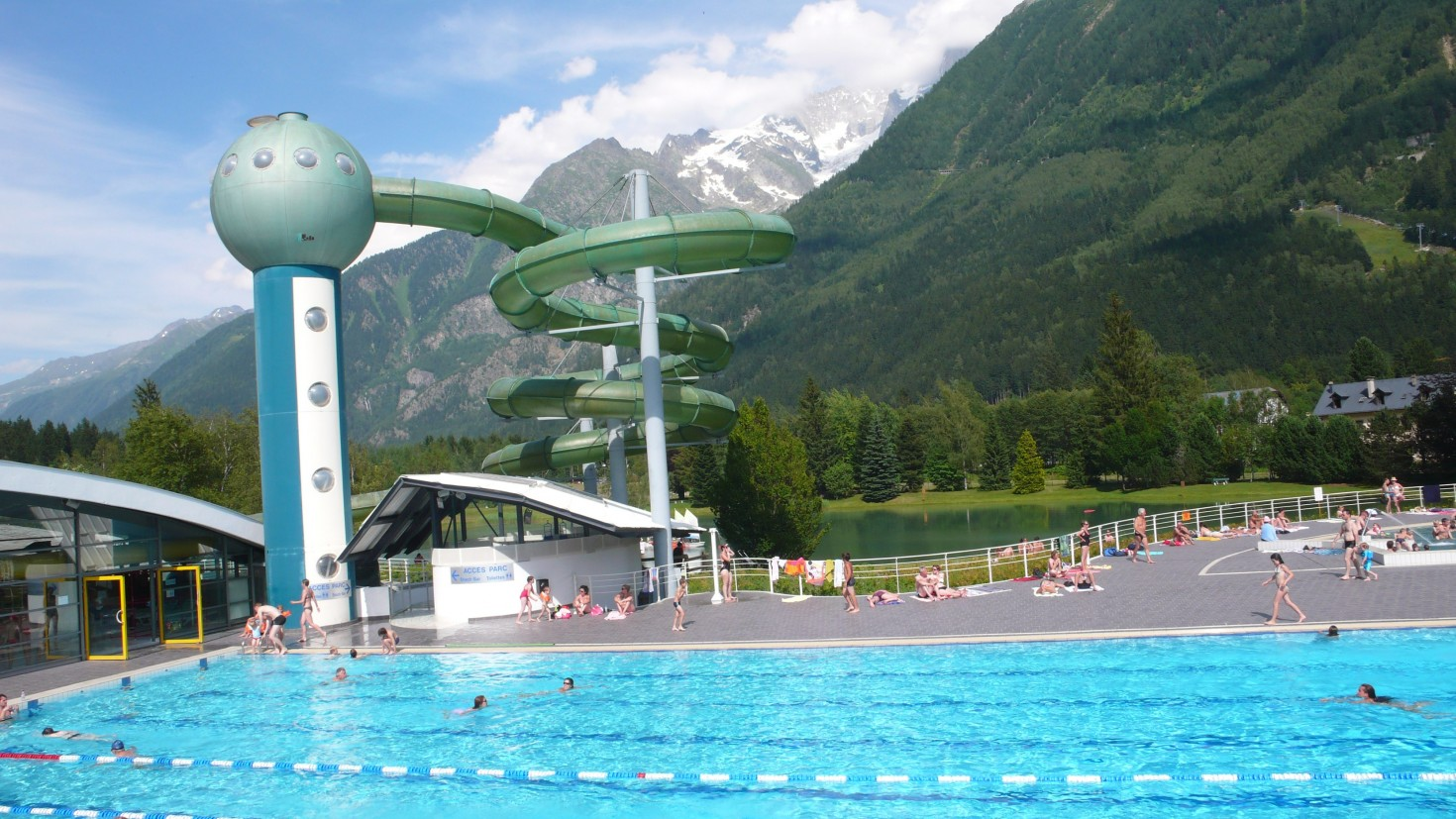 Pics for giant pool with waterslide for Chamonix piscine