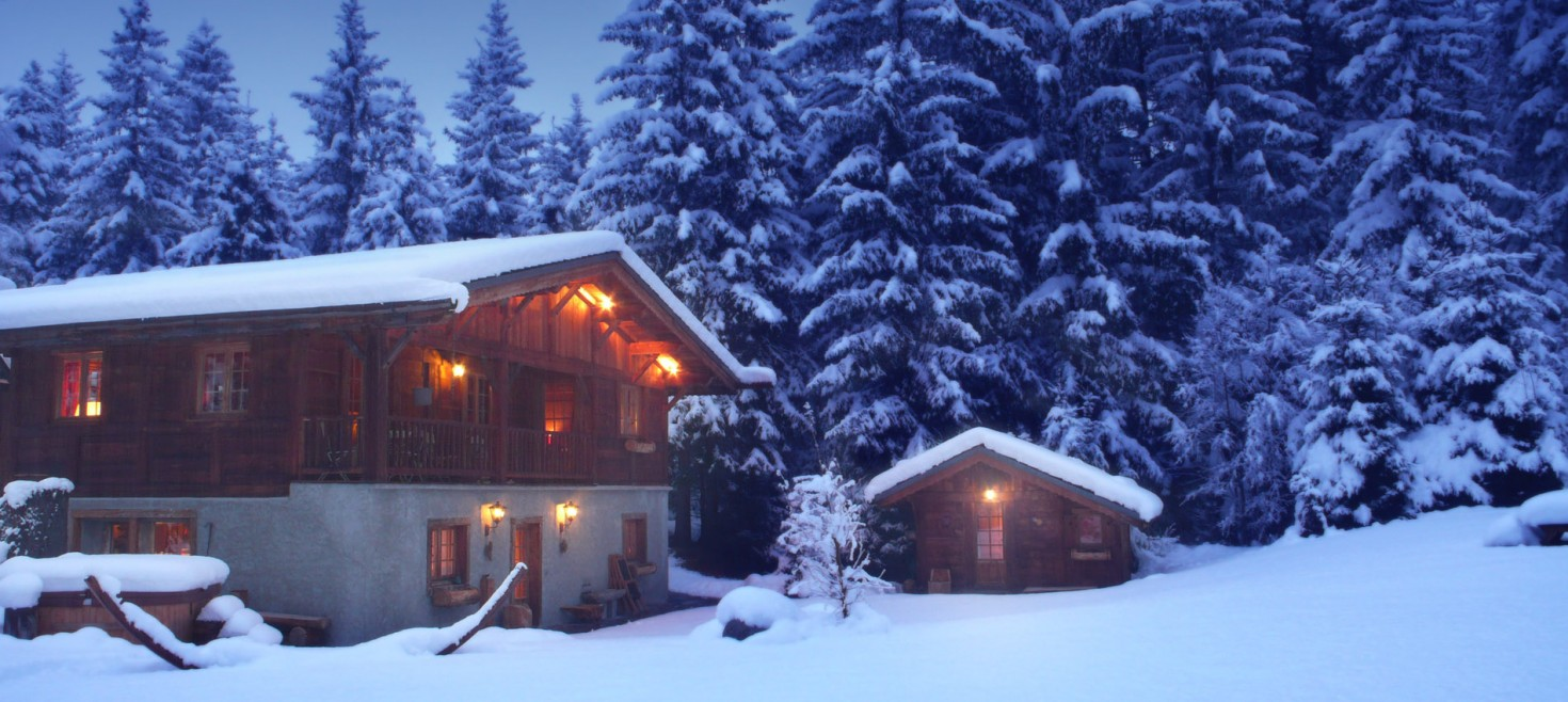 Chamonix Chalet winter photo: in blue light in winter dusk