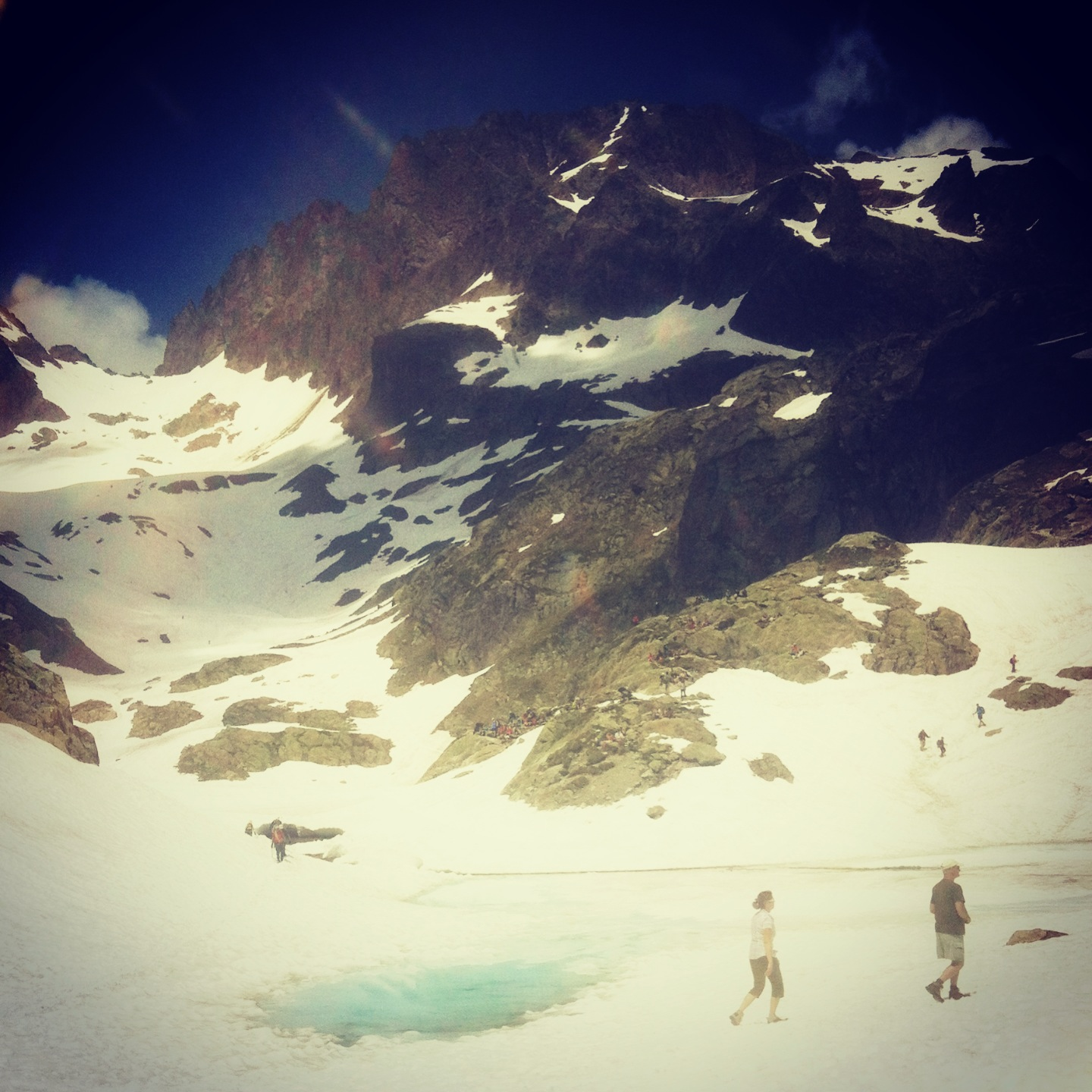 Lac Blanc in the summer snow