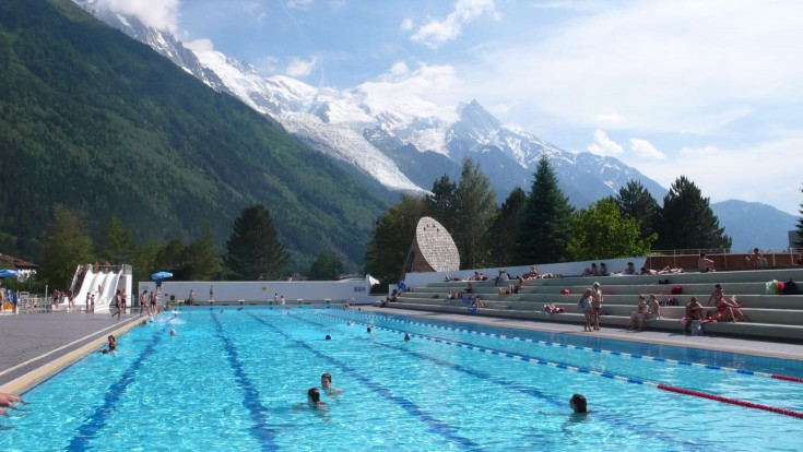 Chamonix pool is a pleasant 15-20 minute walk rom the chalet
